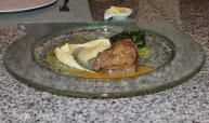 Filet steak, spinich and parsnip pureé